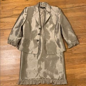 Tahiti Luxe silver / gold skirt and blazer set 10